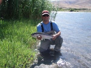 Rogue River Outfitters Flyfishing the Deschutes River.
