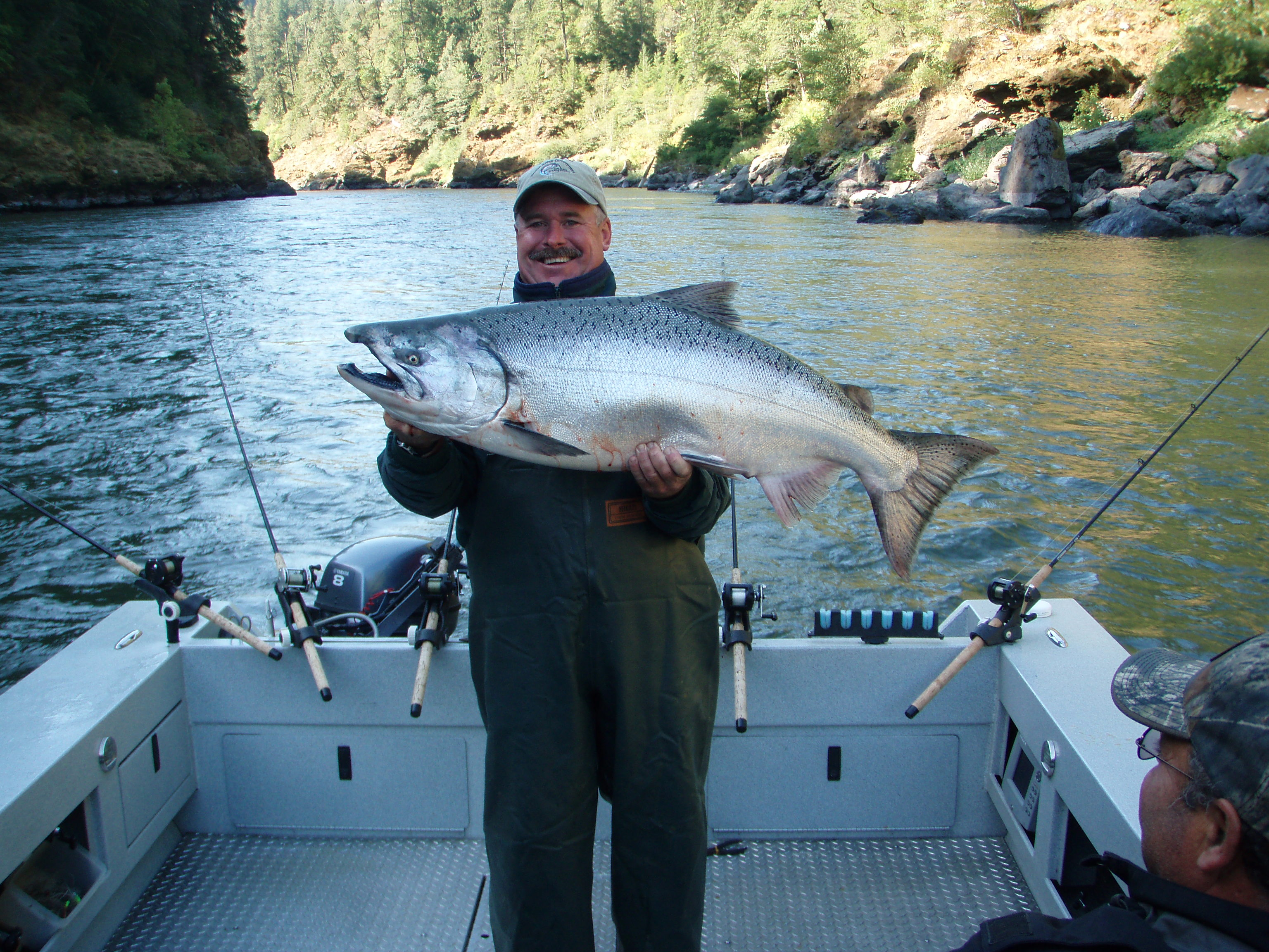 Rogue river fishing rogue river outfitters blog for Rogue river fishing report